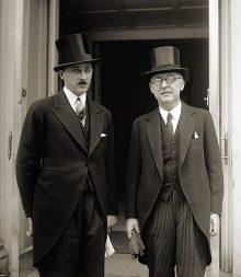 Княз Кирил Преславски и Симеон Радев преди среща с президента Хърбърт Хувър, Вашингтон, 1929 г.